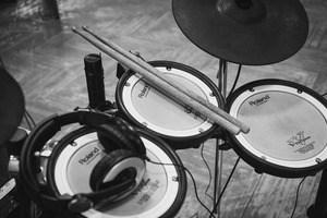 Best Electronic Drum Sets Under $1000